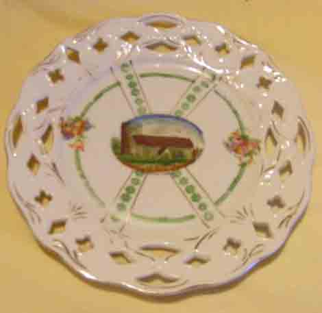 Around 1900 St. Mary's was featured on some inexpensive porcelain. The pictures are hand-coloured prints.